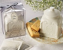 This unique #Victorian Tea Porcelain Tea Caddy $5,99 would be a welcome #favor for your guests at your #Vintage inspired #Bridal #Shower  www.instylepartyfavors.com