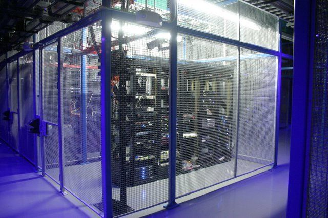 Server Room Design : Server room glass walls led lighting for dramatic
