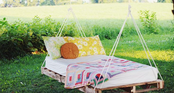 pallet-hanging-bed