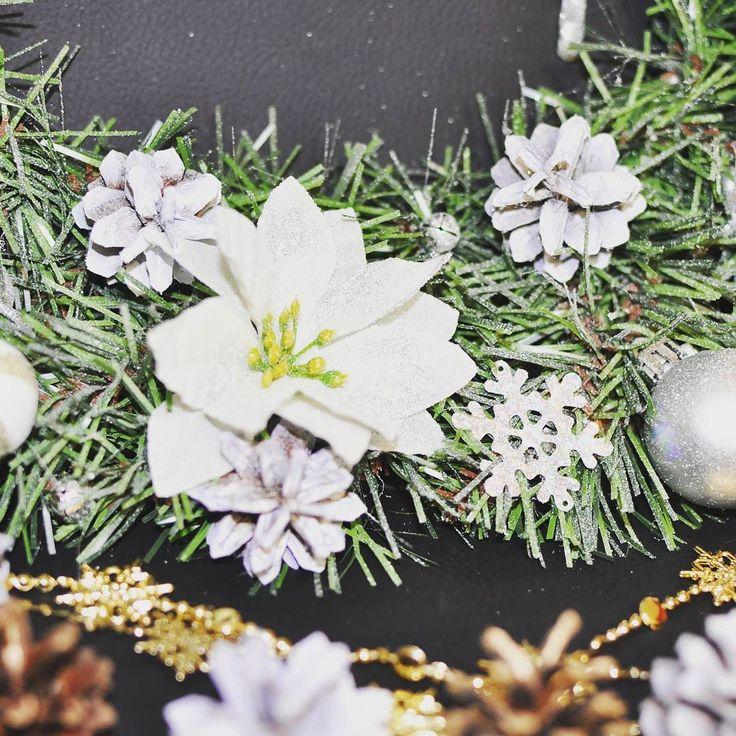 Новогодний венок Первый снег  Размер: 40 см  Цена: 3000 руб