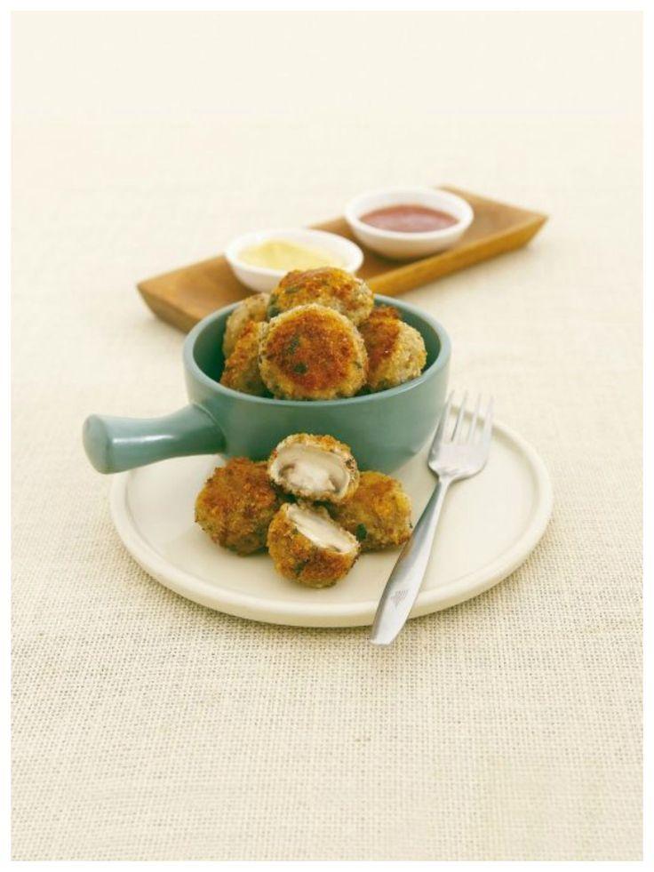 Klein, knusprig und unglaublich lecker: Champignons in Panade | http://eatsmarter.de/rezepte/champignons-in-panade