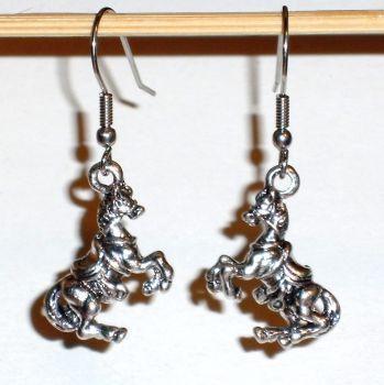 Ohrringe Pferd 3D Edelstahl Ohrhänger Metall Legierung Modeschmuck Damen ohne Stein Neuware