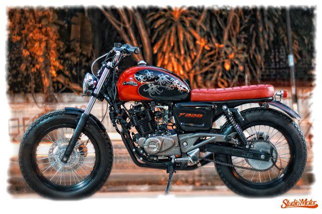 Bajaj Pulsar 220 Brat Style by Studio Motor #motorcycles #bratstyle #motos   caferacerpasion.com