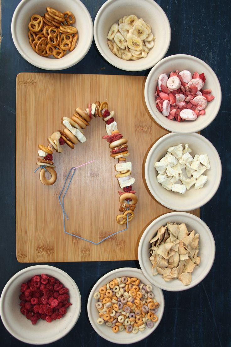 DIY for kids... make a Snack necklace!