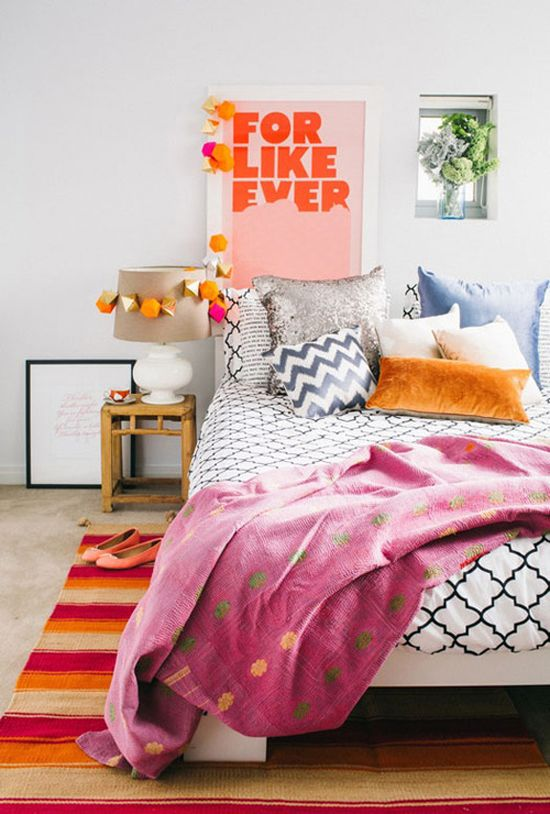 Orange bedroom details | At Home in Love