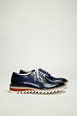 Hiroshi Tsubouchi Shark Sole Derby Navy One of Japan's most highly regarded  shoemakers, Hiroshi Tsubouchi has returned with a number of new footwear ...
