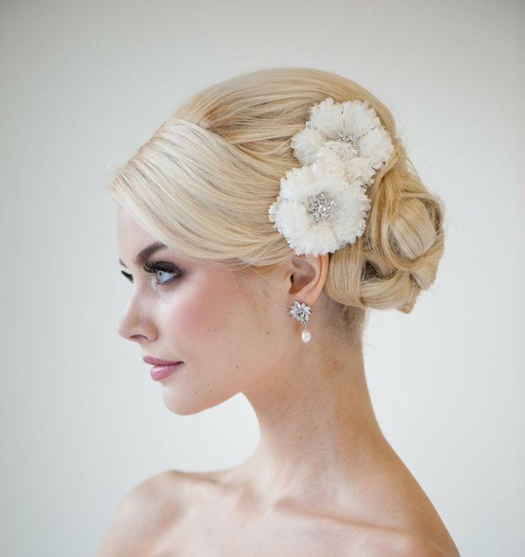 Schmücken Sie Ihr Haar mit hübschen Blumen