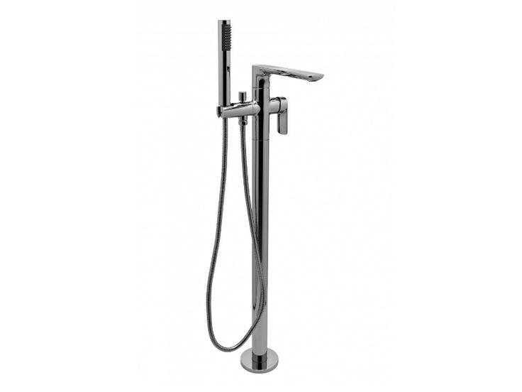 FLOOR STANDING BATHTUB TAP SENTO COLLECTION BY GRAFF EUROPE WEST | DESIGN ANGELETTI RUZZA DESIGN