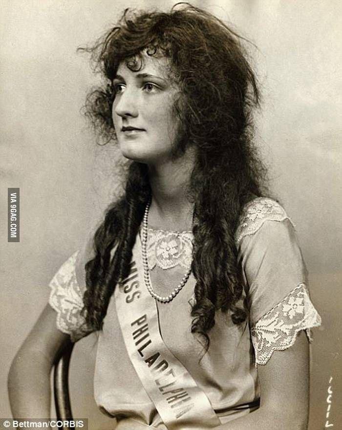 Miss America 1924.  Her Hair.