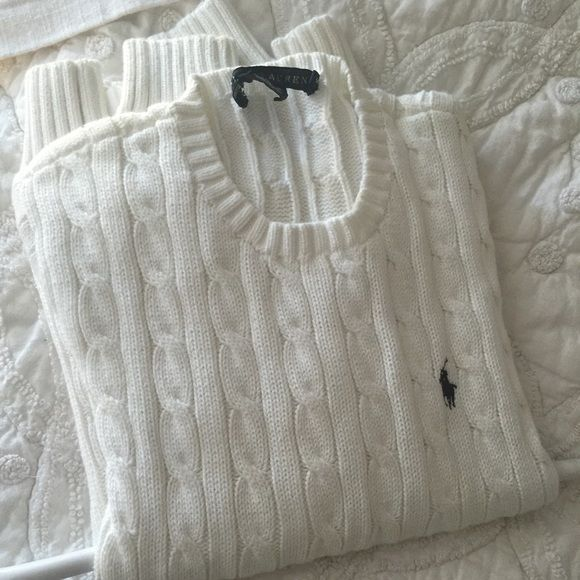 Ralph Lauren cotton cable knit preppy sweater Preppy all white crew neck cable sweater from polo Ralph Lauren. Just dry cleaned so don't want to undo... Medium but runs small. No flaws Polo by Ralph Lauren Sweaters Crew & Scoop Necks