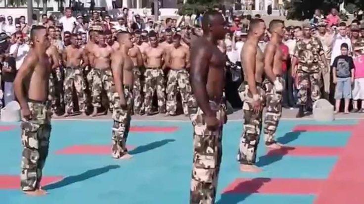 Review of the Moroccan army  Examen de l'armée marocaine إستعراض الجيش ا...