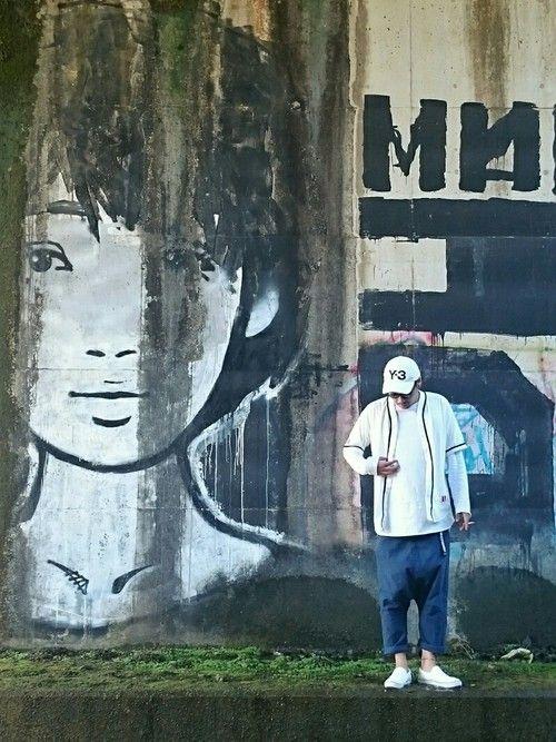 線路沿いにあるグラフィティスポット 大好きなkyneのデカいGraffitiがあるのです 線路を通ら