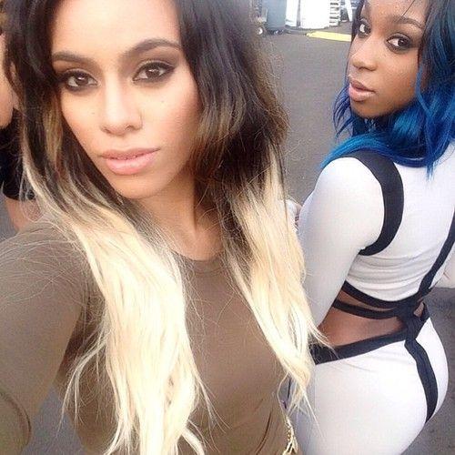 Dinah Jane - Normani Kordei - Fifth Harmony - VMAs