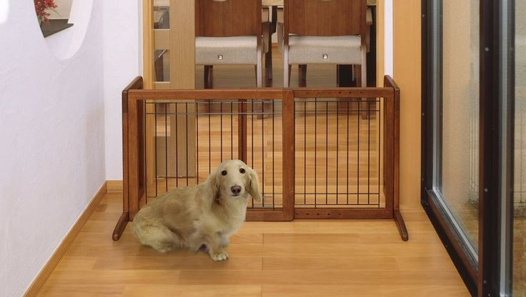 Wooden Pet Gate Adjustable Freestanding Baby Gate Fence Safety Folding Wood NEW