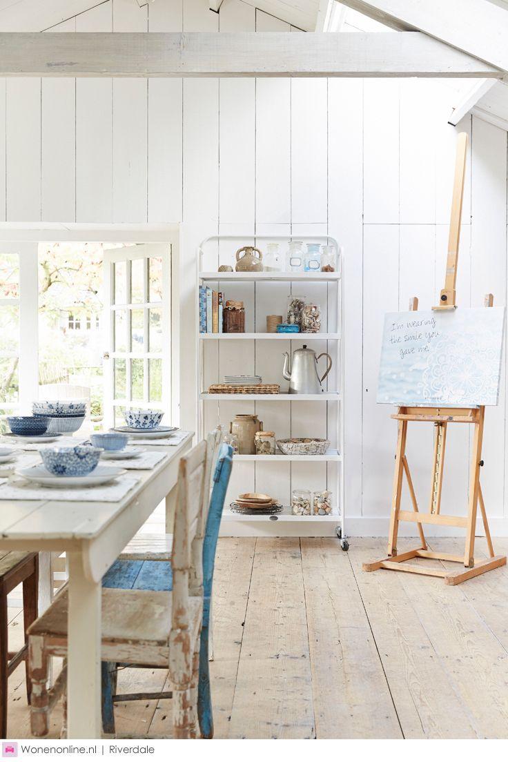 https://i.pinimg.com/736x/eb/30/51/eb305139b87920b30e9c0e384987fd37--country-charm-kitchen-stuff.jpg