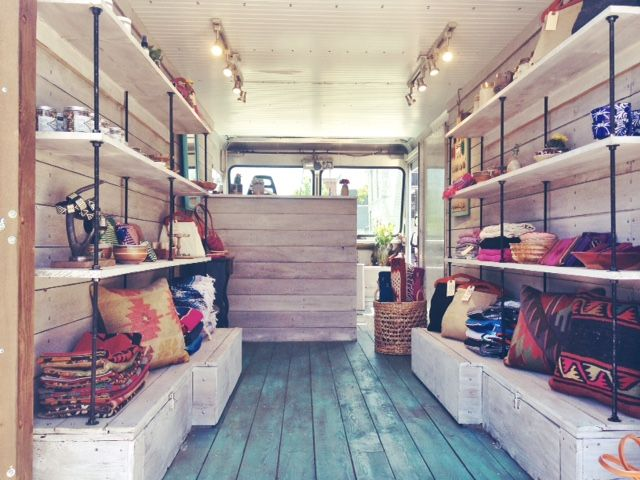Private events offer a steady stream of side income and a captive shopping  audience for mobile boutiques and fashion trucks so you don't have to rely  on pop-ups as your only source of revenue.