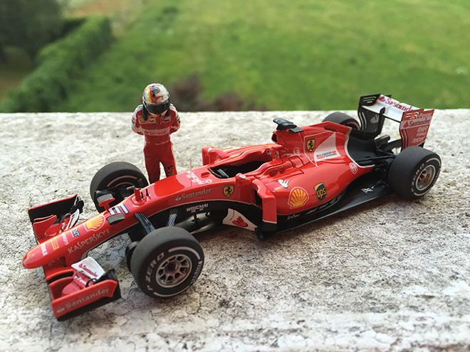 Modello in scala 1/43 BBR Models, della Ferrari SF15-T - Sebastian Vettel guidata al Gran Premio d'Italia di Formula 1 2015