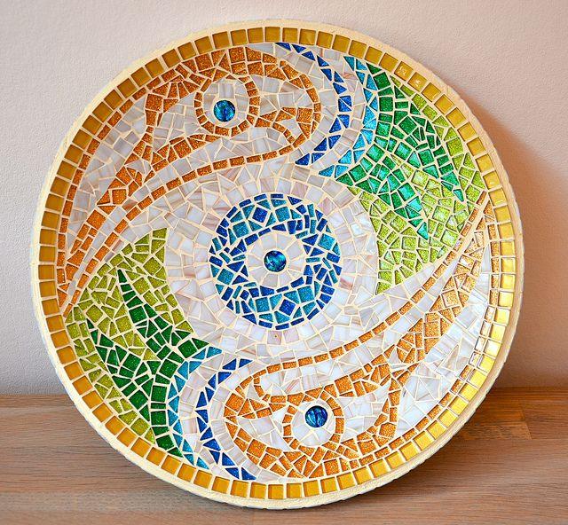 Hummingbird bowl Laura Leon Mosaics, via Flickr