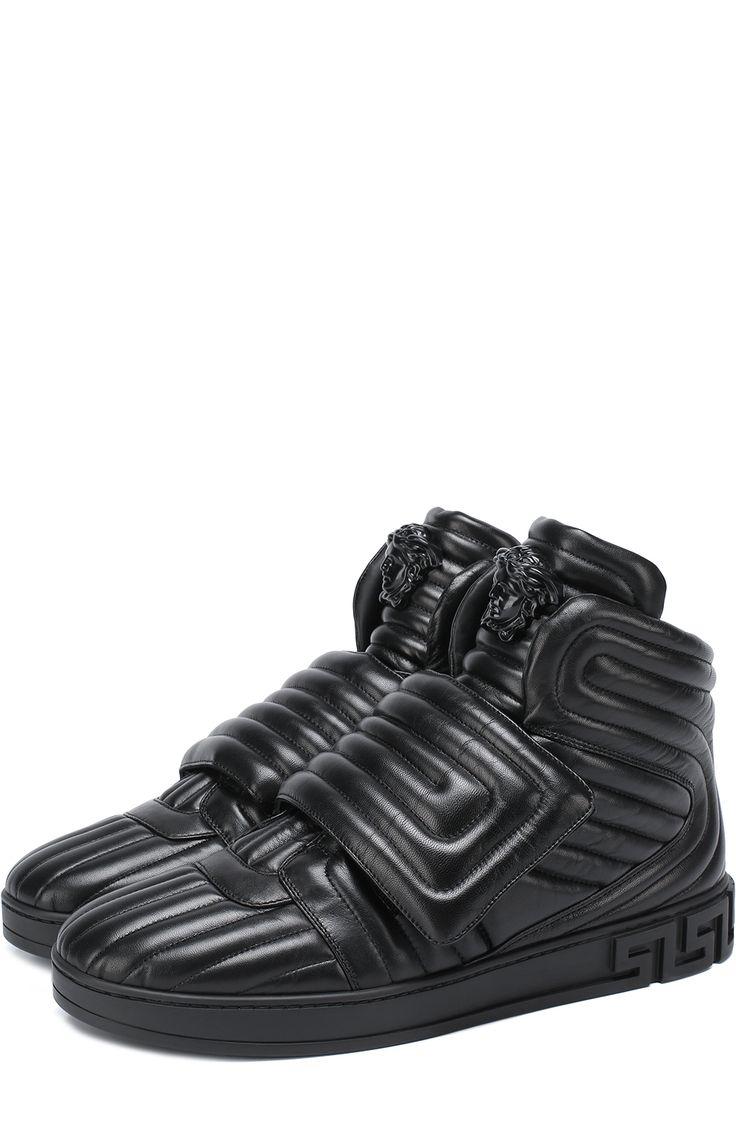 Мужские черные высокие кожаные кроссовки с застежкой велькро Versace, сезон SS 2017, арт. DSU6171/DNAXG купить в ЦУМ | Фото №1