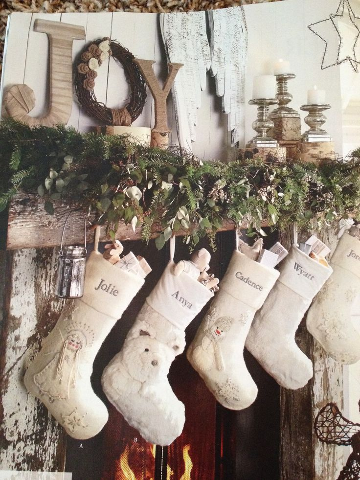 Rustic Christmas mantle decor