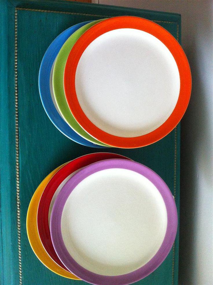6 kleurige ontbijtbordjes van het merk pagnossin treviso