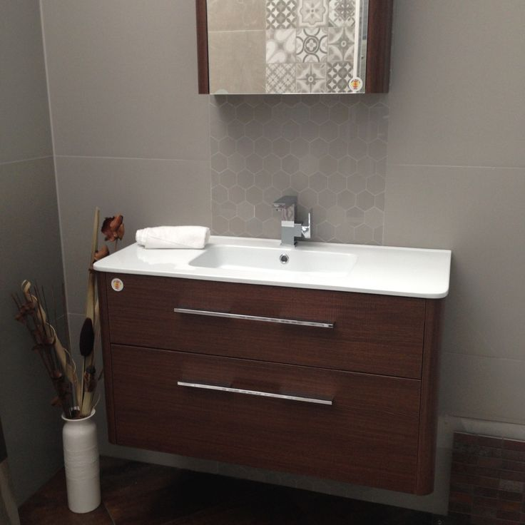 DIANA vanity unit and matching shaving cabinet in Oak finish