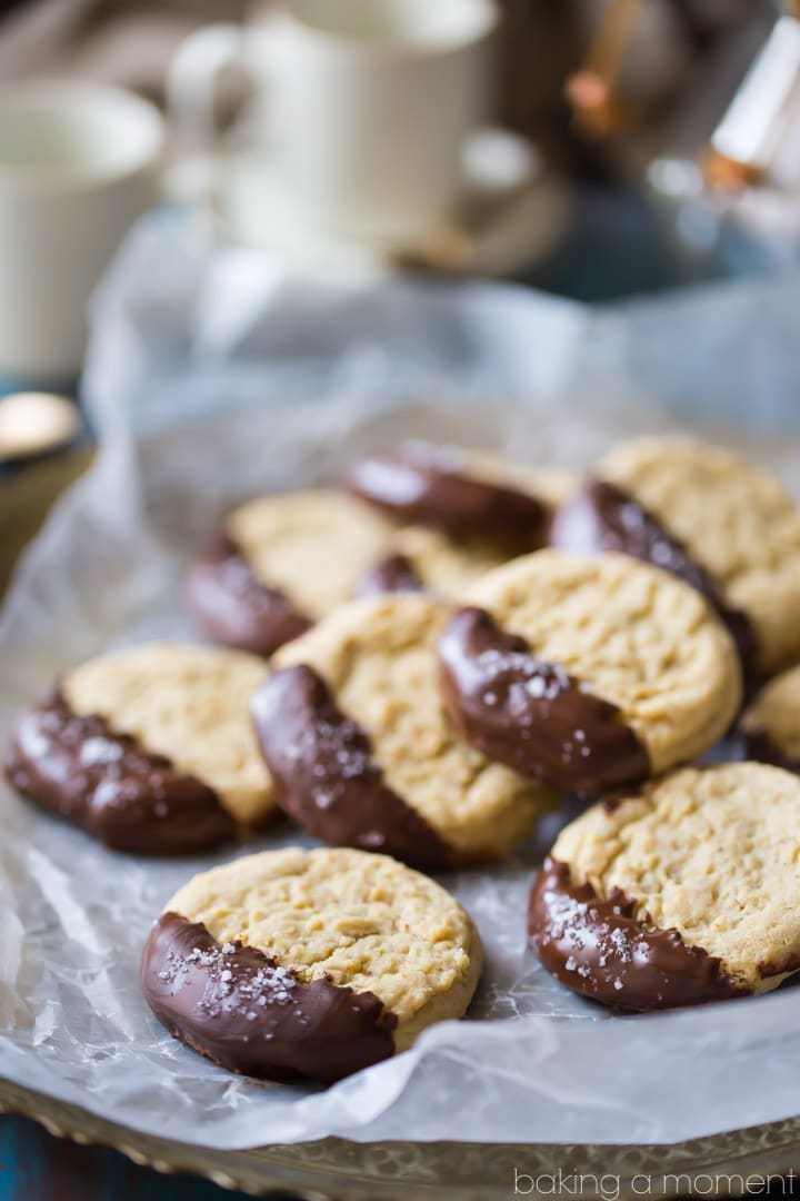 These almond butter cookies were SO good! Loved the soft, melt-in-your-mouth texture, and that hint of chocolate and sea salt takes them to the next level! food desserts cookies
