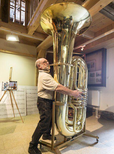 46 best images about Big Instruments on Pinterest | Horns ...