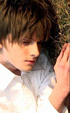 画像 : 【世界のイケメン15】息が止まりそうなくらい美しい男性モデル Michael Walsh【王子様系】 - NAVER まとめ
