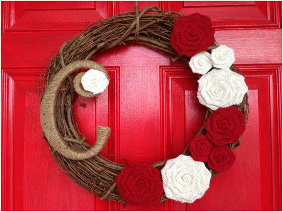 Best 25 twine wrapped letters ideas on pinterest for Alphabet christmas wreath