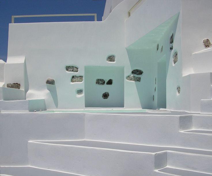 Irida Santorini dip pool