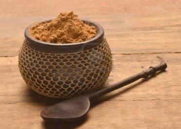 Il Guaranà è una liana rampicante spontanea della foresta Amazzonica meridionale ed ha molteplici effetti benefici e interessanti proprietà tra cui: - Toniche, stimolanti, energizzanti a livello muscolare. - Diuretiche, lipolitiche e dimagranti. - Cardiotoniche, antiossidanti. http://www.macrolibrarsi.it/prodotti/__guarana-in-polvere-biologico-190-g.php?pn=3148