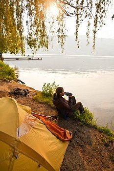 Camping by Skaha Lake, Penticton, BC ♥ Loved and pinned by www.thatguyvanlines.com