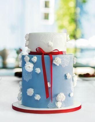 Farbenfrohe Vintage-Torte mit Spitzendesign – colorful vintage ...