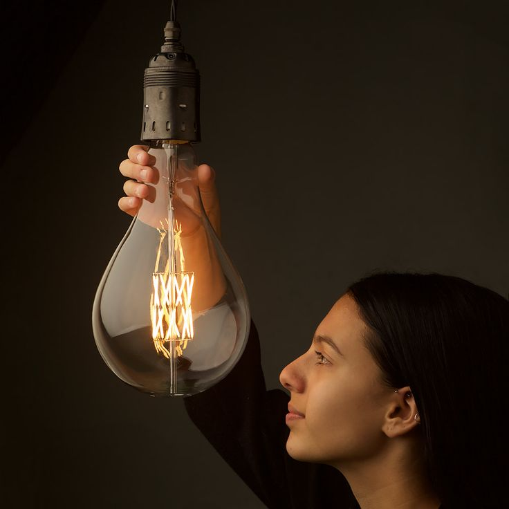 Who knew I could get so excited about the idea of huge light bulbs?! A165-E40-9-Watt-Filament-LED-with-Maya
