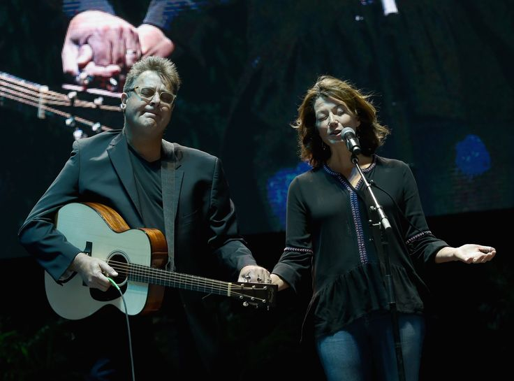 Rosanne Cash: Country Musicians Stand Up to the N.R.A.