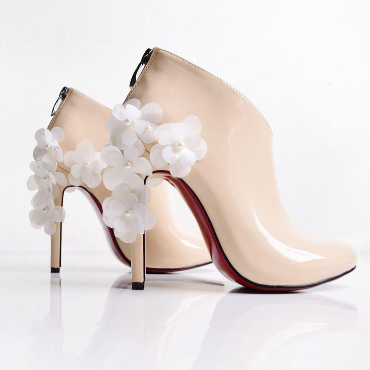 maylaclassicパンプスメイヒール痛くない歩きやすいデイジーピンヒール黒白赤ブーティ結婚式パーティー靴レッドソールルブタンエナメルエナメルプレーンフォーマルブーティP12Sep14