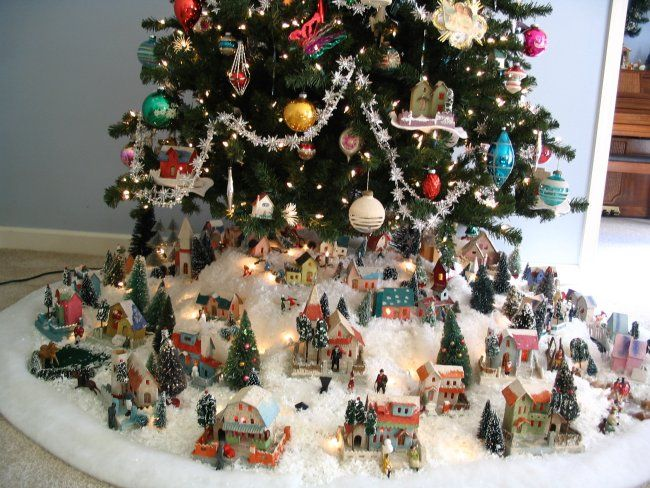 27 best Vintage Christmas Putz Village images on Pinterest