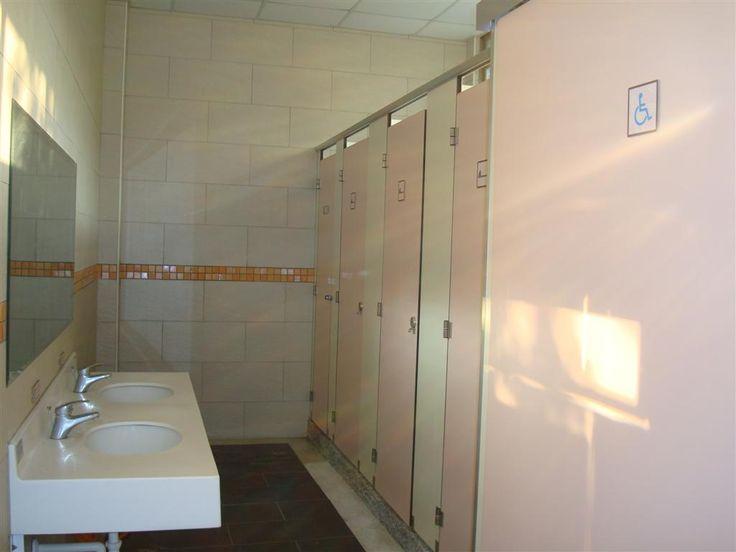 公共廁所(網球場)
