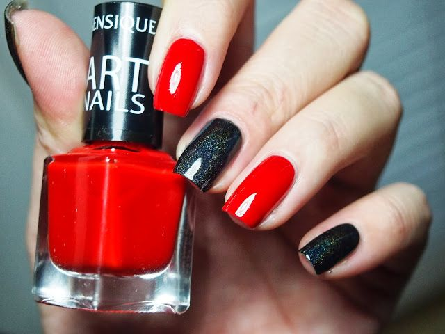 www.nailsrevolutions.blogspot.com