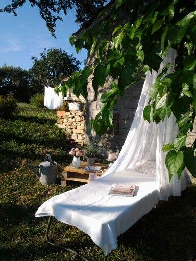 Les 104 meilleures images propos de c t petits coins pour bouquiner sur pinterest bons - Petit jardin livre asnieres sur seine ...