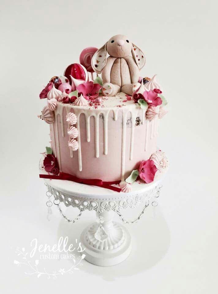 Child rabbit toy, ganached cake