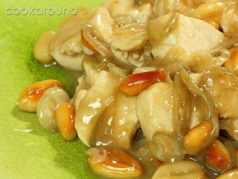 Pollo alle arachidi: Ricette Tailandia   Cookaround