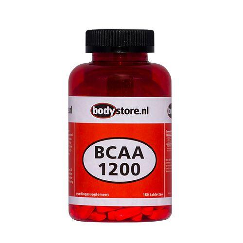 BCAA 1200 - Bodystore.nl - 180 tabletten  BCAA 1200 Bodystore.nl BCAA gaat spierafbraak door intensieve training tegen en is essentieel voor de aanmaak van extra spiermassa. BCAA's zijn van groot belang omdat je lichaam niet in staat is deze aminozuren zelf te produceren. Daarom moet je ze dus via je voeding of supplementen binnenkrijgen. Genomen voor de training zullen deze BCAA's spierafbraak tijdens de inspanningen minimaliseren en na de training zullen zij zorgen voor een maximale…
