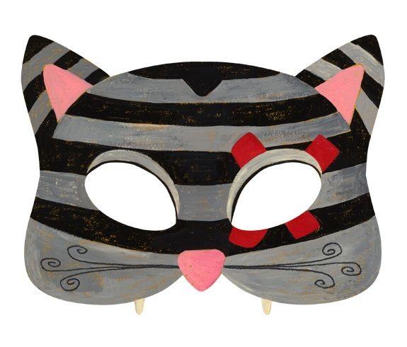 Download this mask here: http://it.piccolini.com/maschere-carnevale/2012/il-gattino-furbo/
