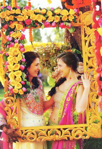 TRADITIONAL WEDDING THEME FRAMES