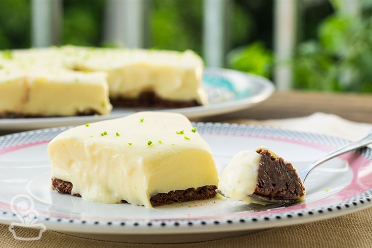Linha Moon Candy Dots - Oxford Porcelanas   Receita: Torta de chocolate branco com limão do blog @naminhapanela