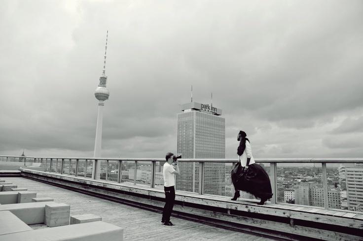 backstage shooting on roof of WEEK-END club in Berlin. fot . Ela Korska  #backstage  #fashion  #photoshoot