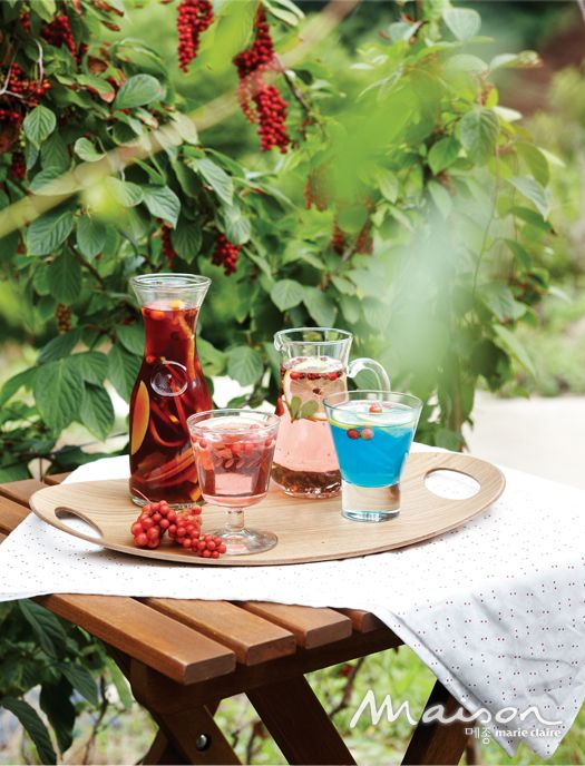 make sangria using schisandra chinensis(five flavor berry)