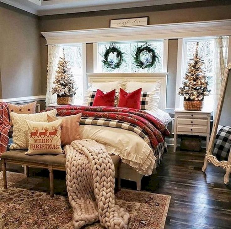 Top 10+ Christmas Bedroom Ideas For Prepare Christmas Celebration